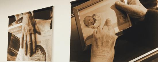 SFU Berlin   Ausstellung: Hand aufs Herz – Menschen im Hospiz